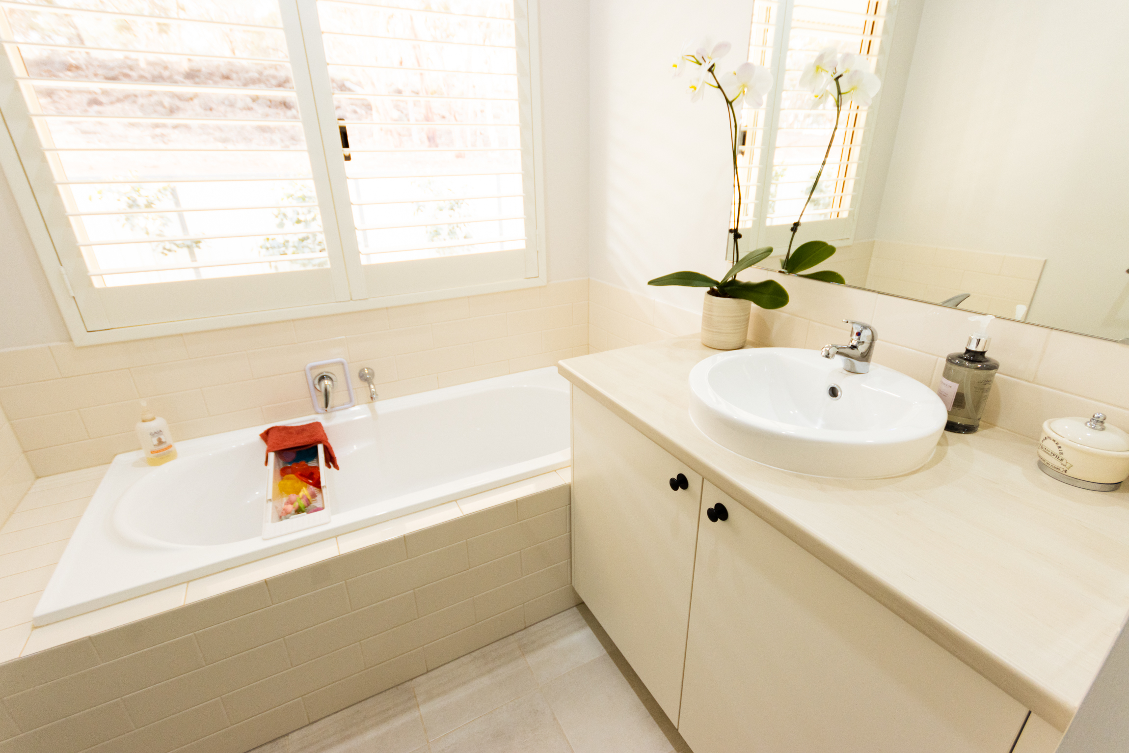 Modular home bathroom design